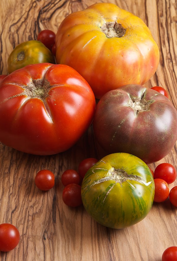 Tomatoe-Salad-and-Honey-Jalapeño-Corn-Bread_heirloom-tomatoes