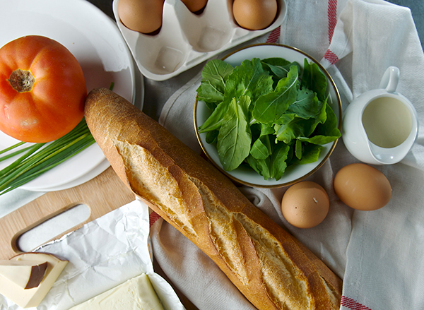 "Baked eggs in Baguette + Smoked Gouda Sauce - a.k.a ""Bageggs"""