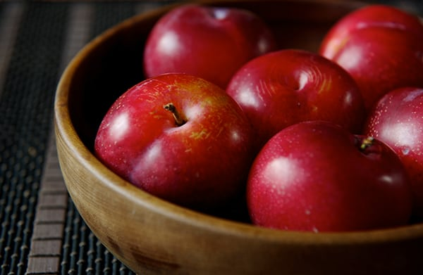 Dos Lunas Grilled Cheese & Plum Chutney Sandwich_Red_Plums-bowl