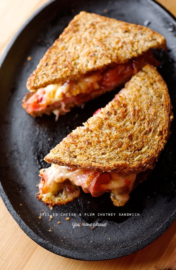 Dos-Lunas-Grilled-Cheese-&-Plum-Chutney-Sandwich_triangles_Yes,-more-please!