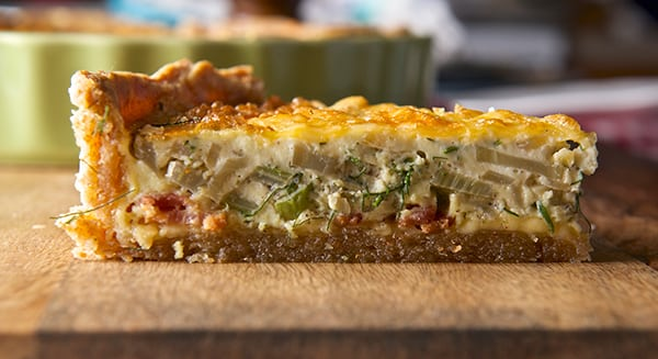 Fennel-Shallot-Bacon-&-Edam-Quiche_slice-elevation