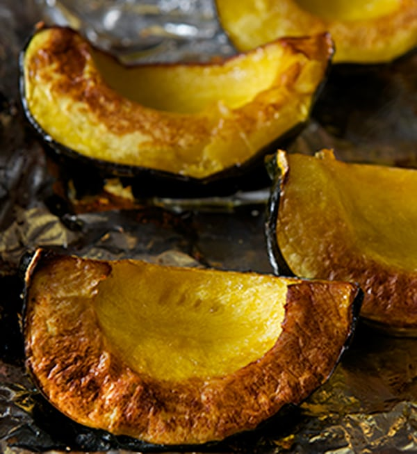 Acorn-squash-warm-salad_roasted-acorn