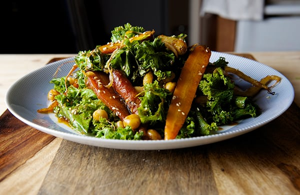 Roasted-Carrot-Salad-with-Hummus-Vinaigrette~ready-to-serve