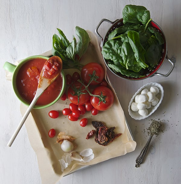 Tomato-Spinach-Soup-'caprese-style'-ingredients ~Yes, more please!
