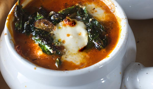 Tomatoe-Spinach-Soup-Caprese-style-broil-your-soup