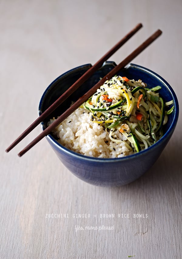 Zucchini-Ginger-Brown-Rice-bowls_ready-to-servel