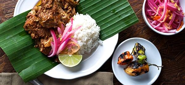 Cochinita-Pibil-Yucatan-Style_served-with-rice