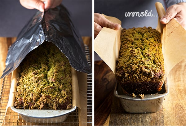 Pumpkin-bread-with-matcha-streusel_unmolding-the-bread