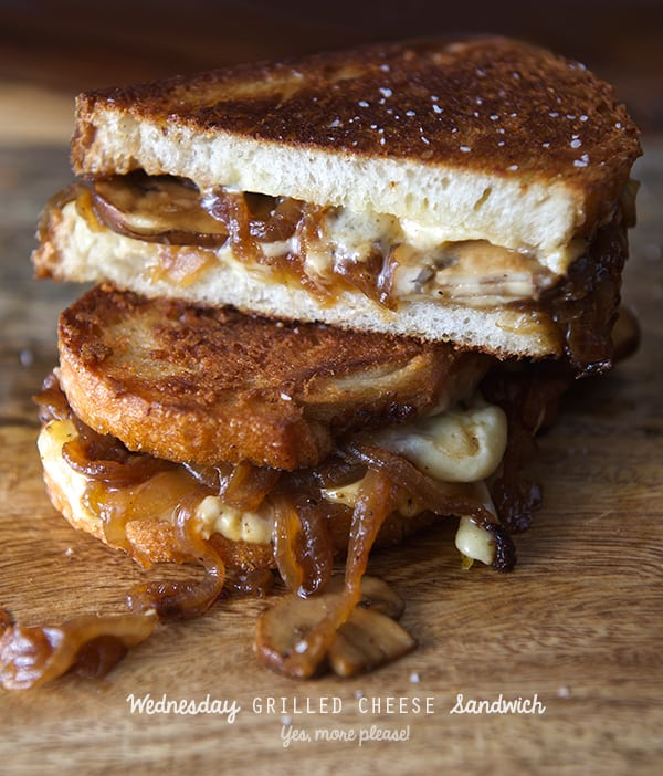 Wednesday-Grilled-cheese-sandwich_sliced