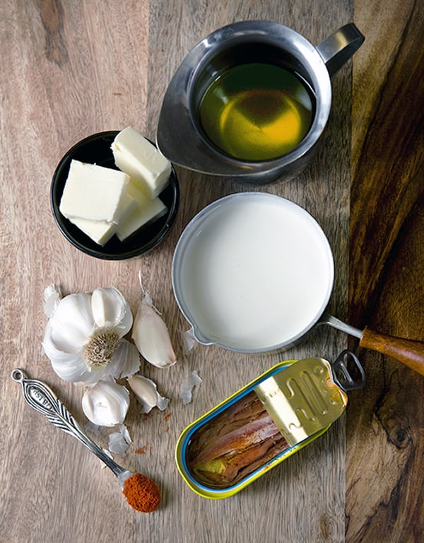 Bagna-Cauda_ingredients