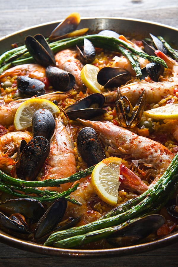 Grilled-Sea-food-Paella-Valenciana_ole!_Yes,-more-please!