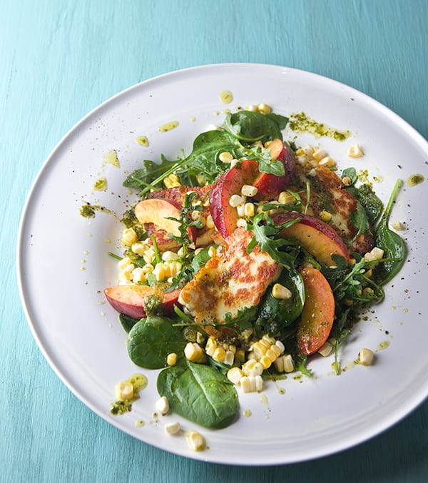 Peach-Sweet-Corn-and-Halloumi-Salad-with-Lemon-Basil-Vinaigrette_refreshing-summer-salad_Yes,-more-please!