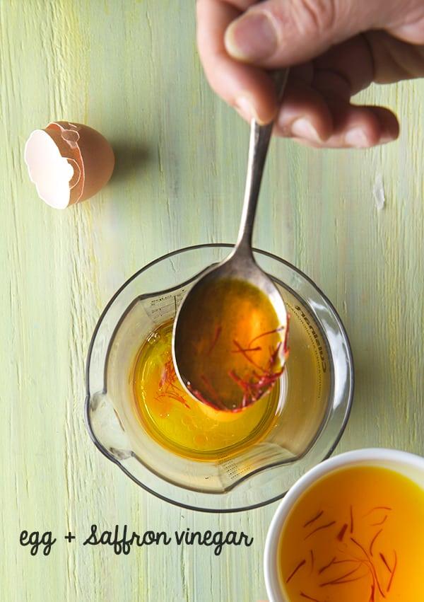 Saffron-Garlic-Aioli_saffron-vinegar-for-aioli