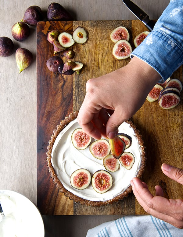 Summer-Fig-Tart_Kefir-Cheese-and-Fig-Layers