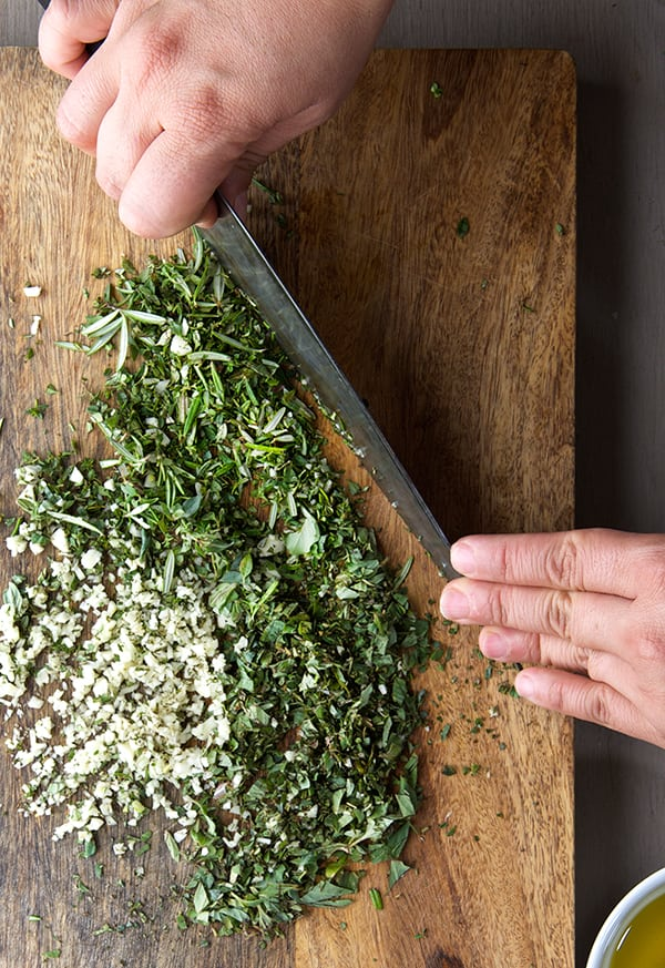 Fall-Herbs-Chimichuri_chopped-Herbs_Rosemary,-Thyme,-Oregano