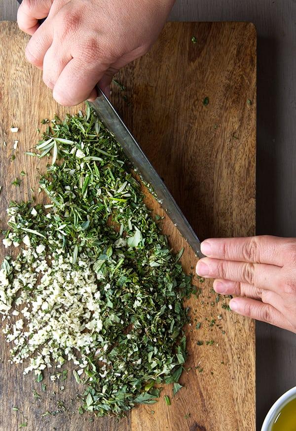 Fall-Herbs-Chimichuri_chopped-Herbs_Rosemary,-Thyme,-Oregano