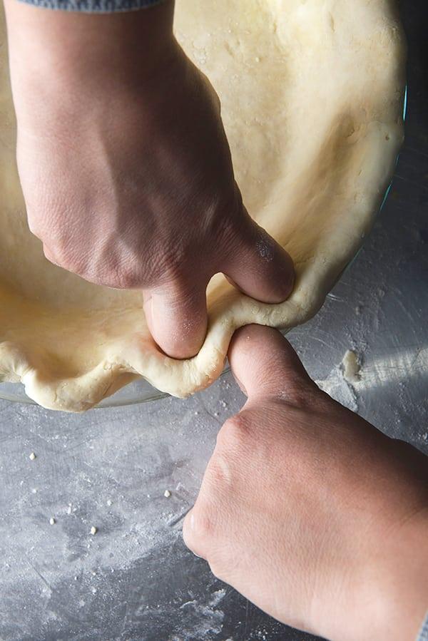 Date-Pecan-Pie_Crust-edge