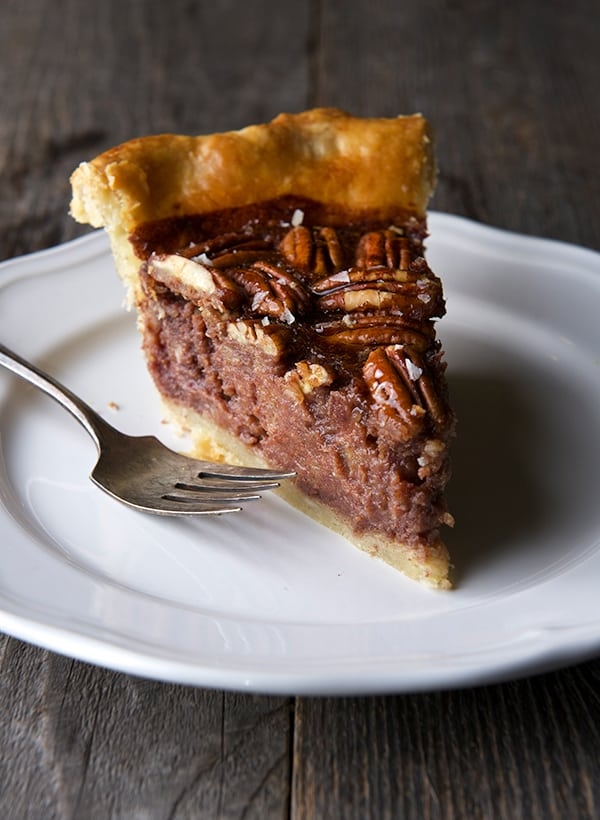 Date-Pecan-Pie_making-pie-for-the-holidays