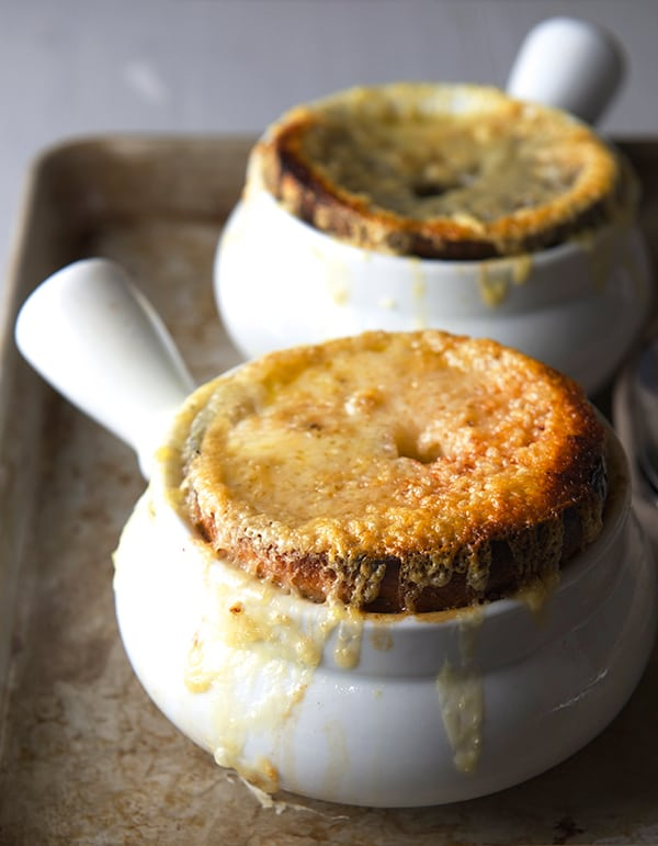 French-Onion-Bagel-Soup_Make-soup_Yes,-more-please!