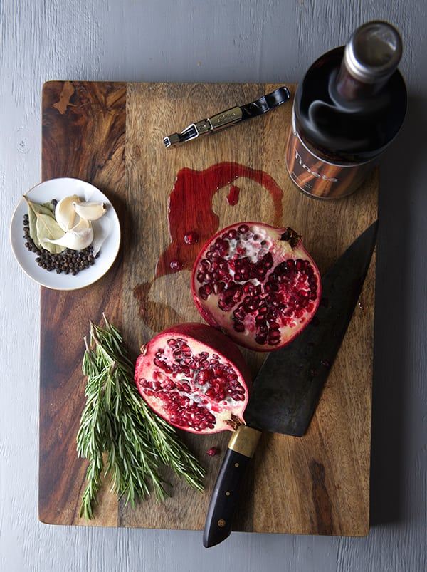 Pomegranate-Tempranillo-Braised-Short-Ribs_ingredients